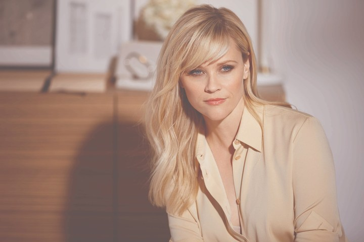 Reese Witherspoon at an Elizabeth Arden photo shoot